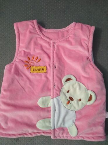 Детская безрукавка от 1.5 до 3 лет можно носить. Очень мягкая приятная