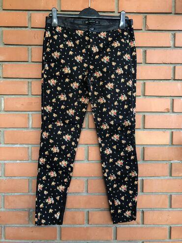 ZARA pantalone 38 velicina - kao nove, nosene nekoliko puta. Sa