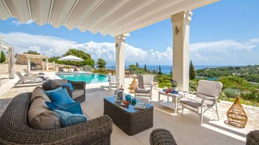 Feel tranquil at one of the beautiful Greek Island Villas in Paxos σε Ionian Islands