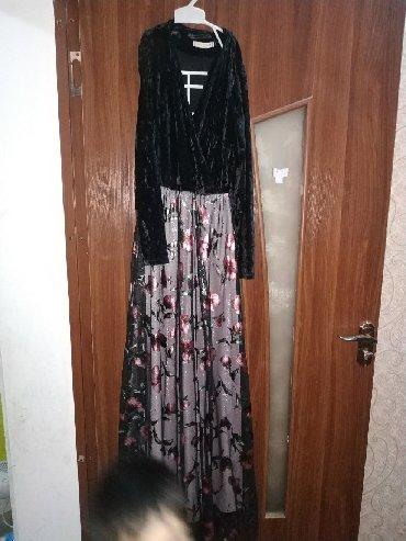 платье нарядное в Кыргызстан: Платья нарядная очень красиво смотрится новая 46 48