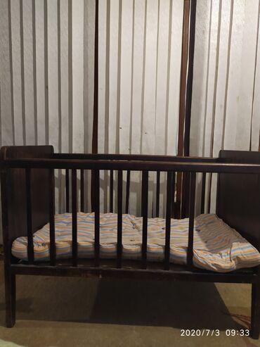 Продаю кровать 110/60