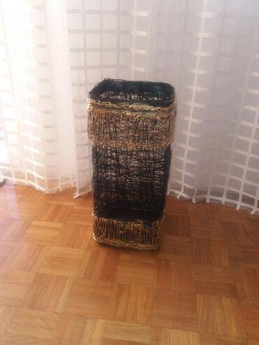 Kućni dekor - Mladenovac: Ručna izrada. Velika pletena vaza za dekoraciju ili za lampu uz nju