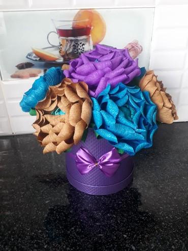 Цветы из бумаги с конфетами - Кыргызстан: Цветы из гафрированной бумаги ( ручная работа)