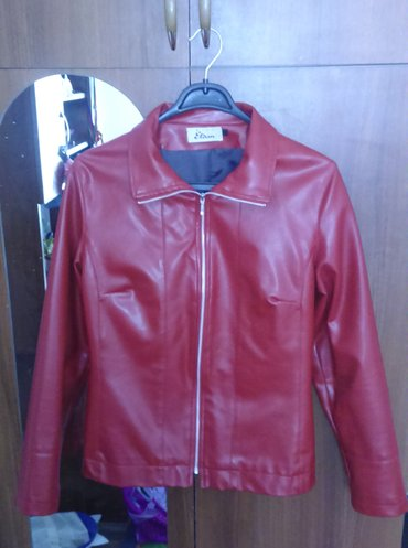 женские куртки трансформер в Азербайджан: Женская кожаная куртка, размер 40-42, турция, фирма etam