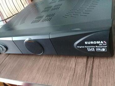 Euromax 777 ela veziyyetde sadece biraz ustu cizilib. Ikisin de