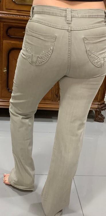 женские джинсы армани в Кыргызстан: Джинсы женские, светлые,размер 48-50