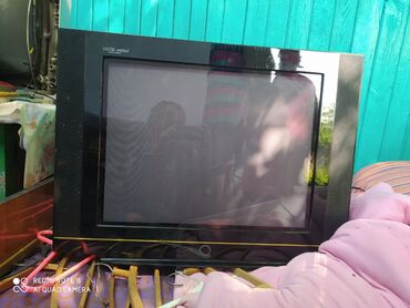 Телевизоры в Лебединовка: Телевизор. В робочим состояние!