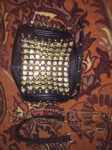 Бюстгальтер со стразами - Кыргызстан: Продаю новую маленькую сумочку со стразами. Один отдел. Есть съёмный