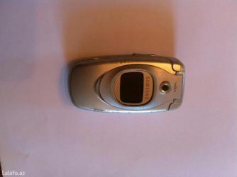 Bakı şəhərində Samsung sgh-e600,işləyk vəziyətdə,anten lazımdı,bir iki manatdı,adapto- şəkil 2