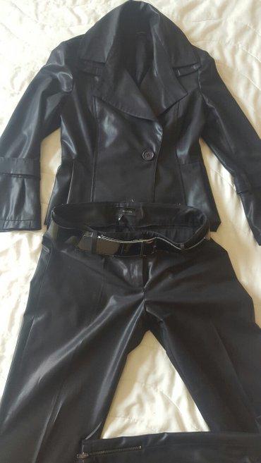 Novo crni komplet pantalone i sako, marke access, vel s br 44 ali - Nis