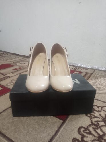 опель зафира цена бу в Ак-Джол: Продаю туфли. Цена 1500с