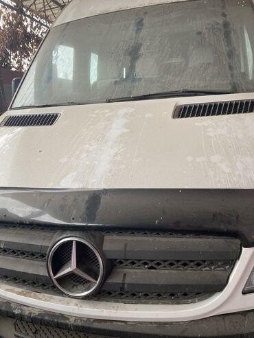 Mercedes-Benz 2000 2004