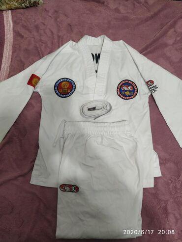 спортивный в Кыргызстан: Продаю кимоно для Таэквондо на рост 140см. В очень хорошем