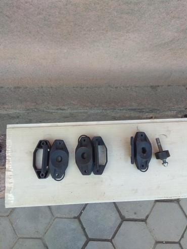 Водный транспорт - Кыргызстан: Замки сиденья и капота, Бомбардир. 3000сом 1 шт