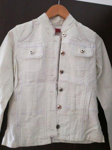 Bela jakna  nova velicina na njoj pise 155/80a odgovara s/m - Smederevo