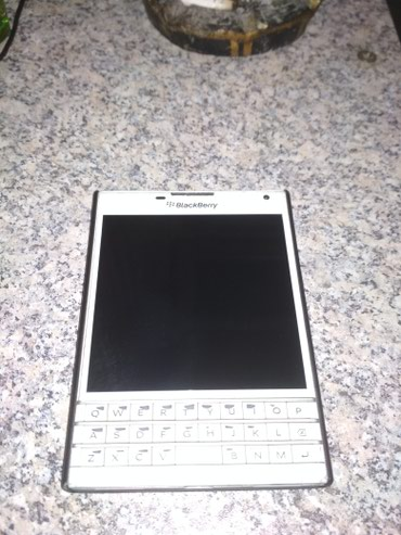 Blackberry Pasport - Bakı
