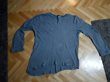Bluza muska  XXL,duzina 84 cm, sirina 60 cm,duzina rukava 64 cm bez os - Nis