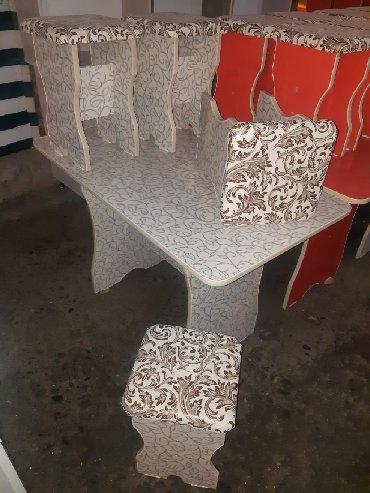 стол на кухню раскладной в Кыргызстан: СТОЛ 4шт ТАБУРЕТКА 3000сом+ДОСТАВКА ДИЛИНА СТОЛА 1,10см ШИРИНА 65см