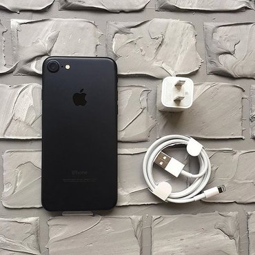 Продаётся  iphone 7/32gb black matte .                        в Бишкек