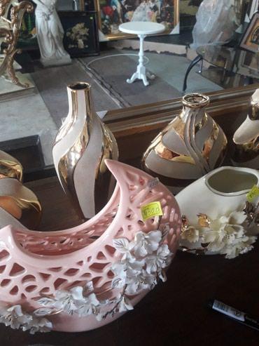 сувениры в Кыргызстан: Сувениры .склад распродажа вазы .часы .подарки.склад разные много
