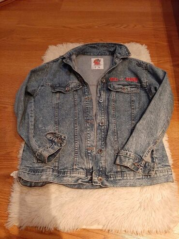 Prelepa duga Teksas jakna bez ostecenja