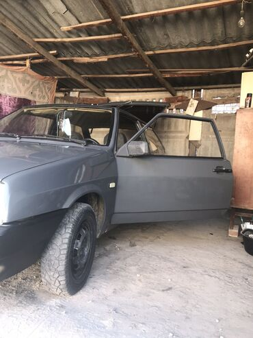 Автомобили - Бишкек: ВАЗ (ЛАДА) 2108 1.5 л. 1993 | 100000 км