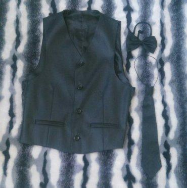 Продаю костюм тройку на мальчика 11-13 лет в Бишкек