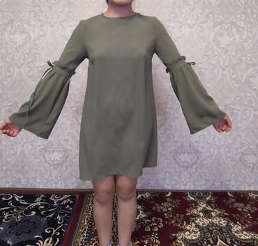 Женская одежда в Бактуу-Долоноту: Платье б/у. состояние отличное . размер М