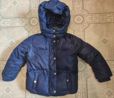 продам пуделя в Кыргызстан: Продам зимнюю куртку фирмы H&M на возраст 3-4 года, рост 104 (по