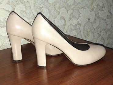 botinki 39 razmer в Кыргызстан: Продаю кожаные туфли. Производство Турция. Практически новые одевала