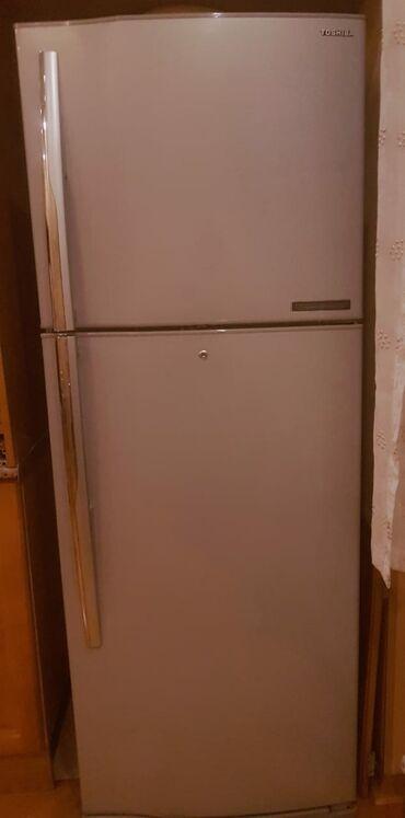 Б/у Трехкамерный Серый холодильник Toshiba
