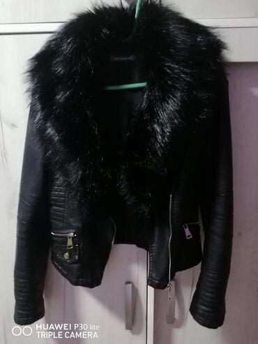 Kozna jakna sa krznom - Srbija: NOVO *Kupljena u Milanu u Italiji Kozna jakna od jagnjece koze sa