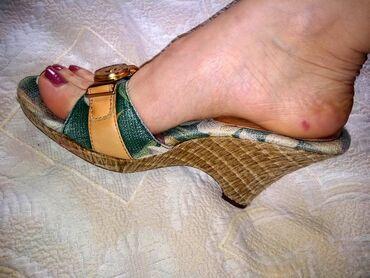 Anne Klein kozne papuce 39Kozne papuce Anne Klein, nosene kratko, bez
