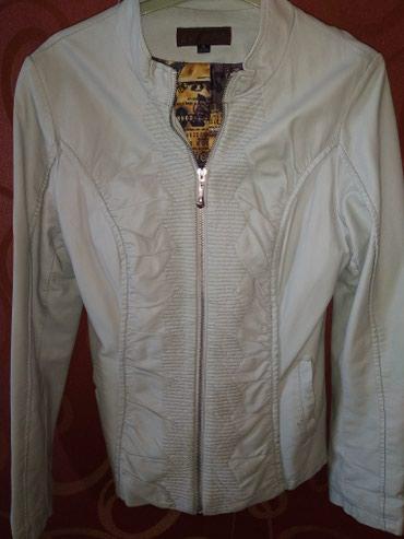 Кожаная куртка в отл состоянии,размер s m, разгружаю гардероб в Бишкек