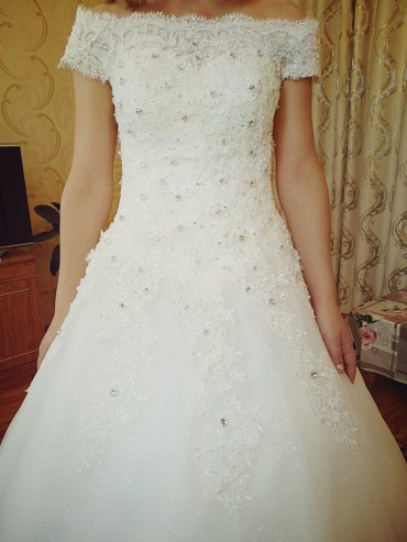 Продаю свадебное платье. Новое.  Цвет: айвори.     в Бишкек