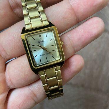 часы-и-нож в Кыргызстан: Золотистые Женские Наручные часы Casio