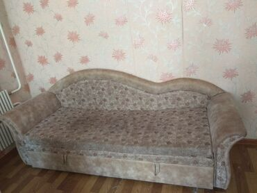 Продаю диван. Состояние отличное