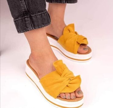 Ostalo | Razanj: Ženske sandale