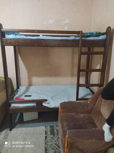 usaq ucun iki mertebeli kravat в Кыргызстан: Продаю подростковую двухъярусную кровать длина 170 из дерева