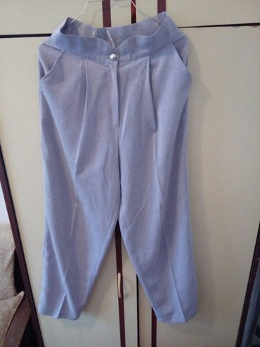Prelepe ženske pantalone obim struka 72cm - Krusevac