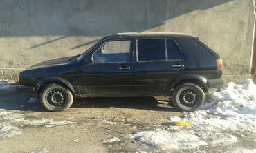Volkswagen Golf 1989 в Бишкек