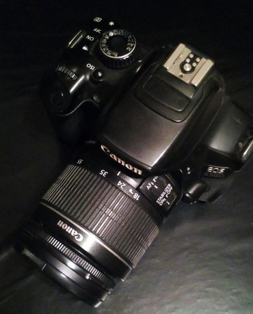 Срочно!Фотоаппарат Canon EOS 650D с китовым в Бишкек