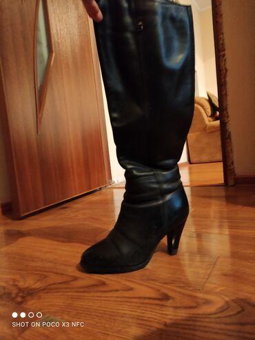 ремонт обувь в Кыргызстан: Сапоги на каблуках, евро зима, кожаные, б/у, размер 36, ремонт