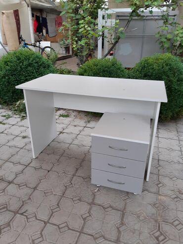 Стол офисныйНОВЫЙ Офисный стол компьютерный стол с тумбочкойДлинна