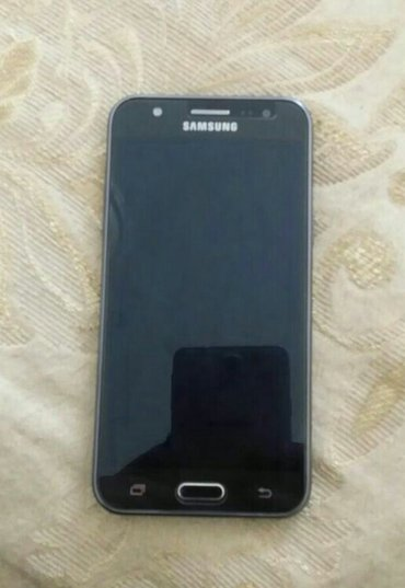 Sumqayıt şəhərində Samsung j5 2015 islek veziyetdedir.korpusunun Yanlarinda reng getme va