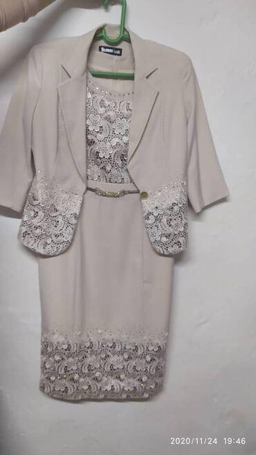 вечернее женское платье в Кыргызстан: Женское платье 48 размера Одевали пару раз  1 000 сом