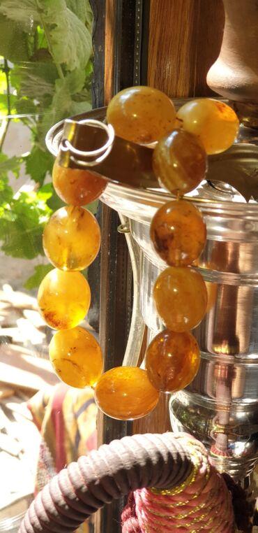 qizlar uecuen bal paltari - Azərbaycan: Xalis Kəhrəba (Amber) təsbehidir. Kalininqraddan gətirilib.  (Sıxma de