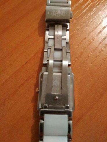 Продаю часы Швейцарские, Женские, Керамические. Срочно нужны деньги по в Бишкек
