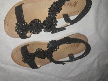 Zenska obuca - Srbija: Zenske sandale,obuvene jednom,u odlicnom stanju!