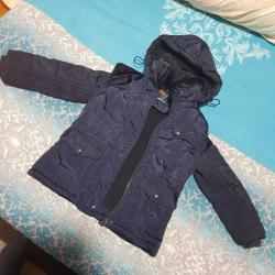 Dečija odeća i obuća - Majdanpek: Zimska jakna sa krznom oko vrata,vel 2/3.Vise slika i mera moze i na